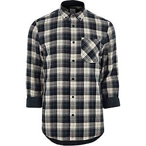 Chemise à carreaux grise avec manches longues et col boutonné