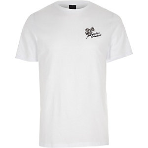 White chest embroidered slim fit T-shirt