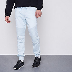 Ryan – Hellblaue Jogger-Jeans im Bikerlook