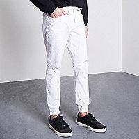 Ryan – Jean blanc usé style pantalon de jogging