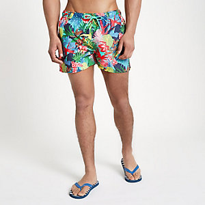 Green jungle print short swim trunks