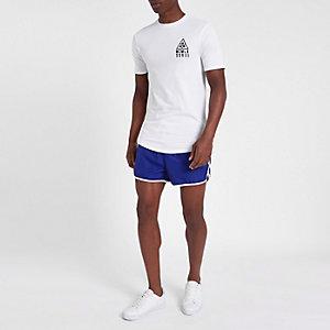 Short de bain sport bleu à rayures latérales coupe courte