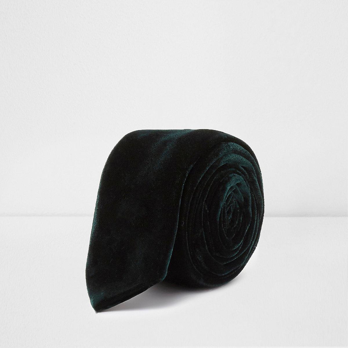 Dark green velvet tie
