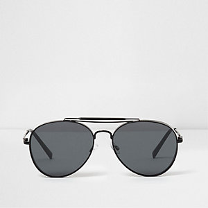 Black smoke lens oval aviator sunglasses
