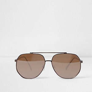 Brown metal frames aviator sunglasses