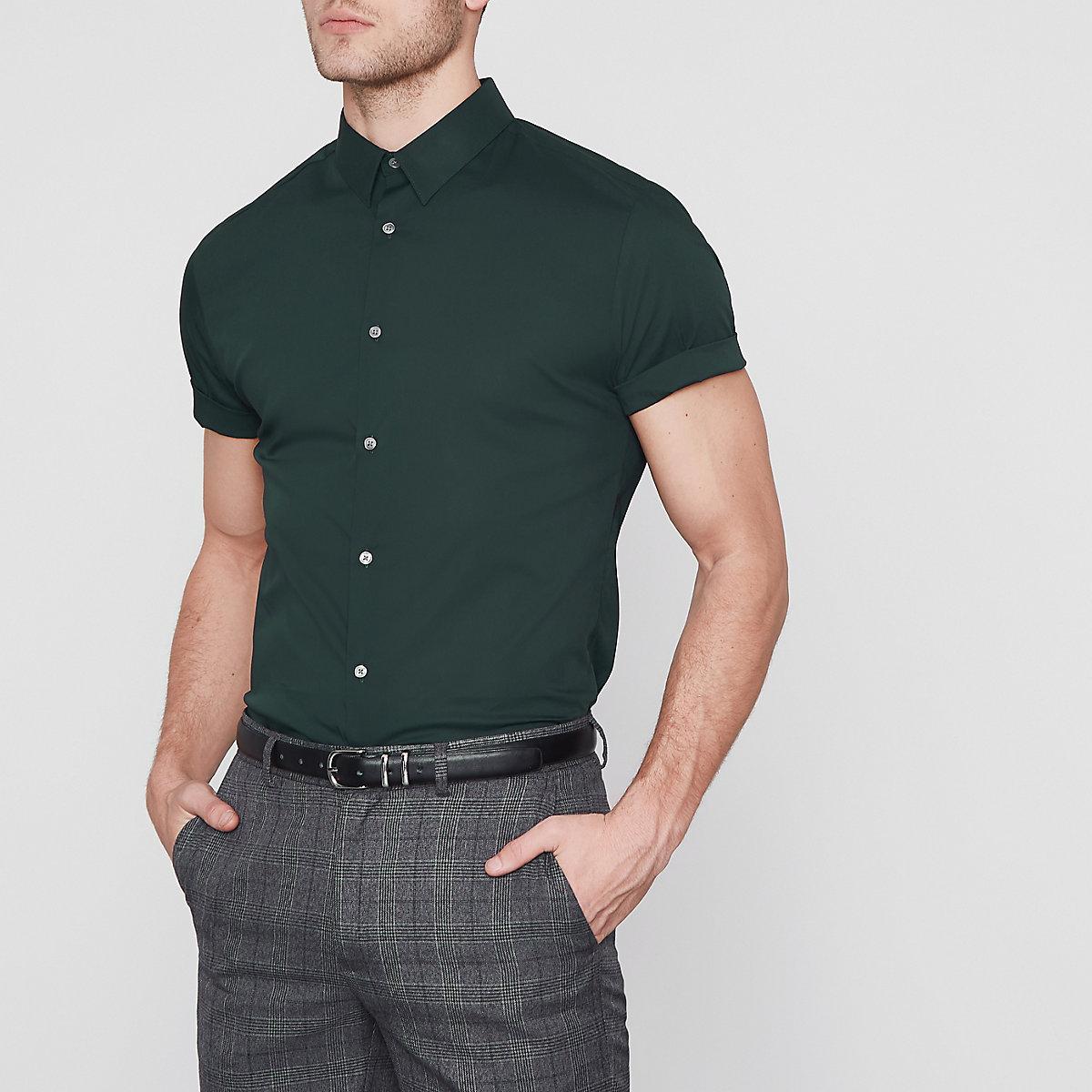 Dark green muscle fit short sleeve shirt