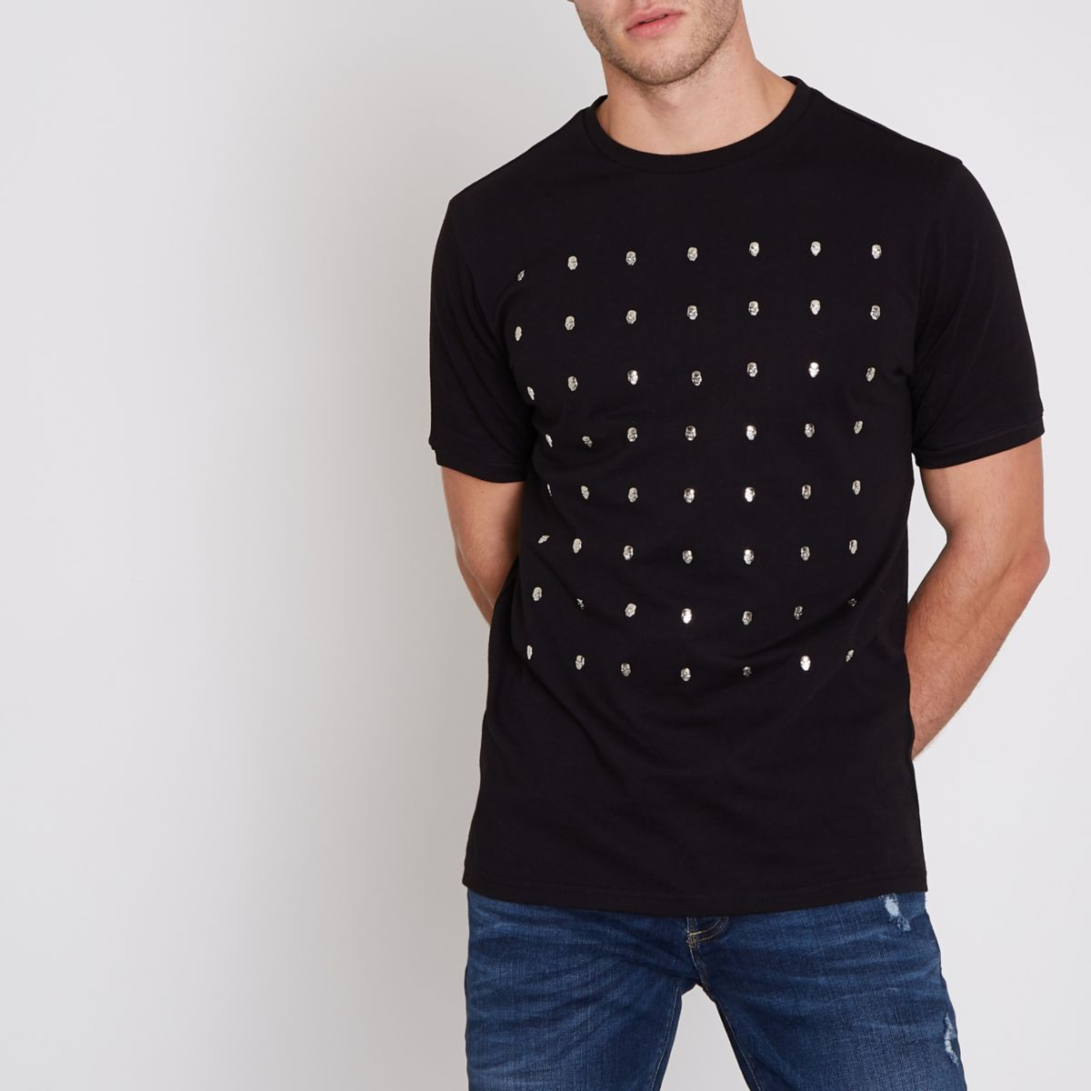 Black skull studded slim fit T-shirt