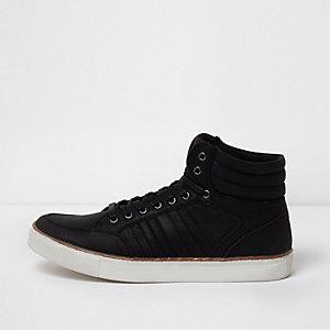 Zwarte halfhoge vetersneakers