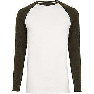 T-shirt blanc à manches raglan kaki