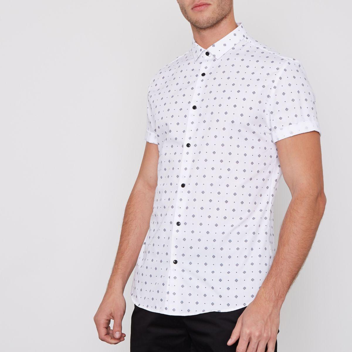 White tile print short sleeve slim fit shirt