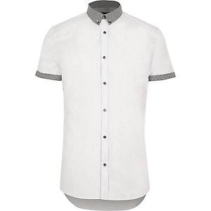 Wit slim-fit overhemd met gebloemde kraag en korte mouwen