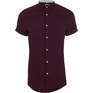 Chemise skinny rouge texturée à manches courtes