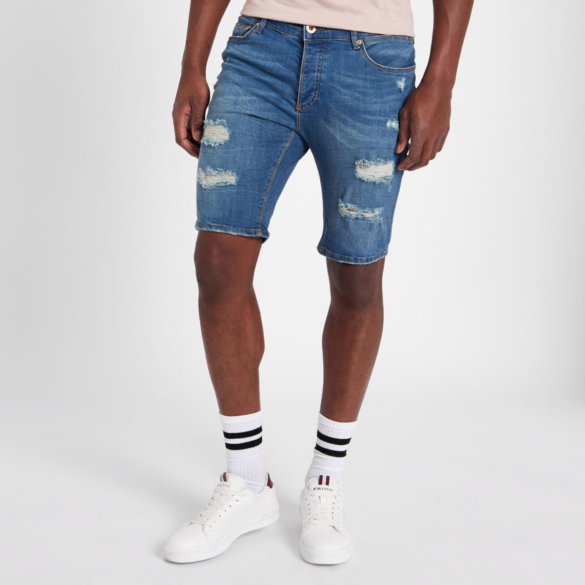Sid – Blaue Skinny Jeansshorts im Used Look