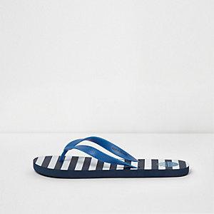 Blue stripe print flip flops