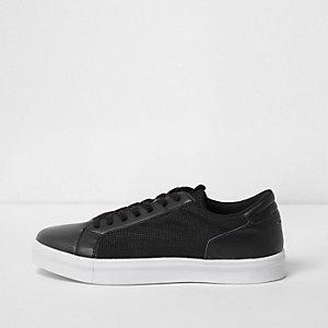 Schwarze Sneaker zum Schnüren mit Mesh-Einsatz