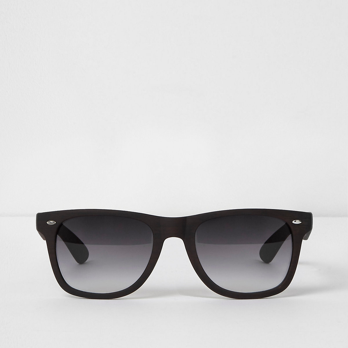 Brown wood effect retro sunglasses