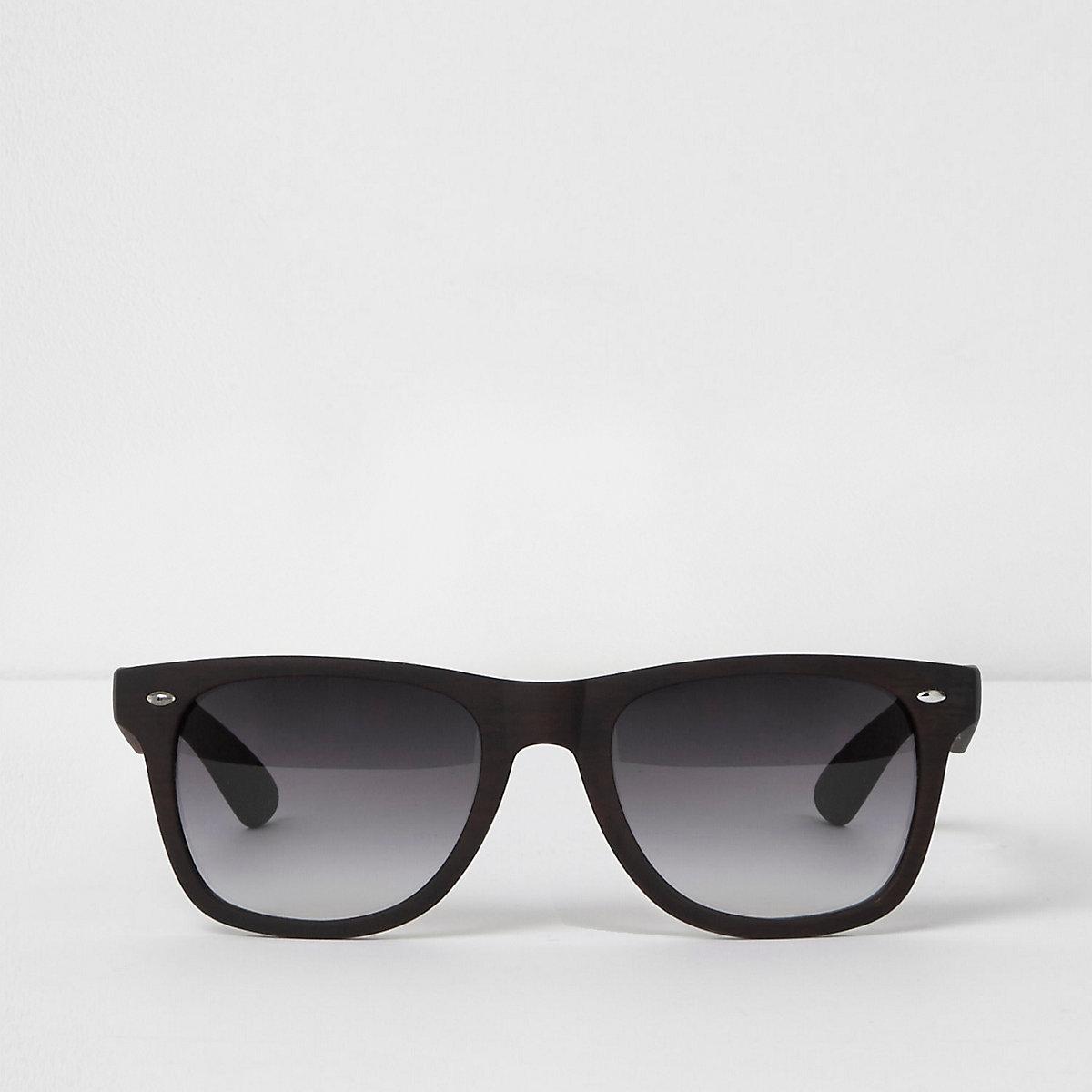 Braune Retro-Sonnenbrille mit Holzeffekt