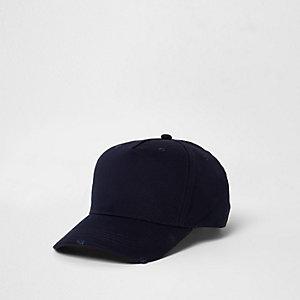 Marineblaue Baseballkappe im Used-Look