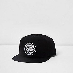 Black tiger embroidered front flat peak cap