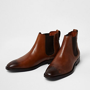 Tan leather brogue chelsea boots