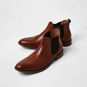 Hellbraune Chelsea-Stiefel aus Leder