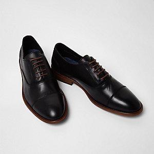 Chaussures Oxford en cuir noir à lacets avec bout rapporté