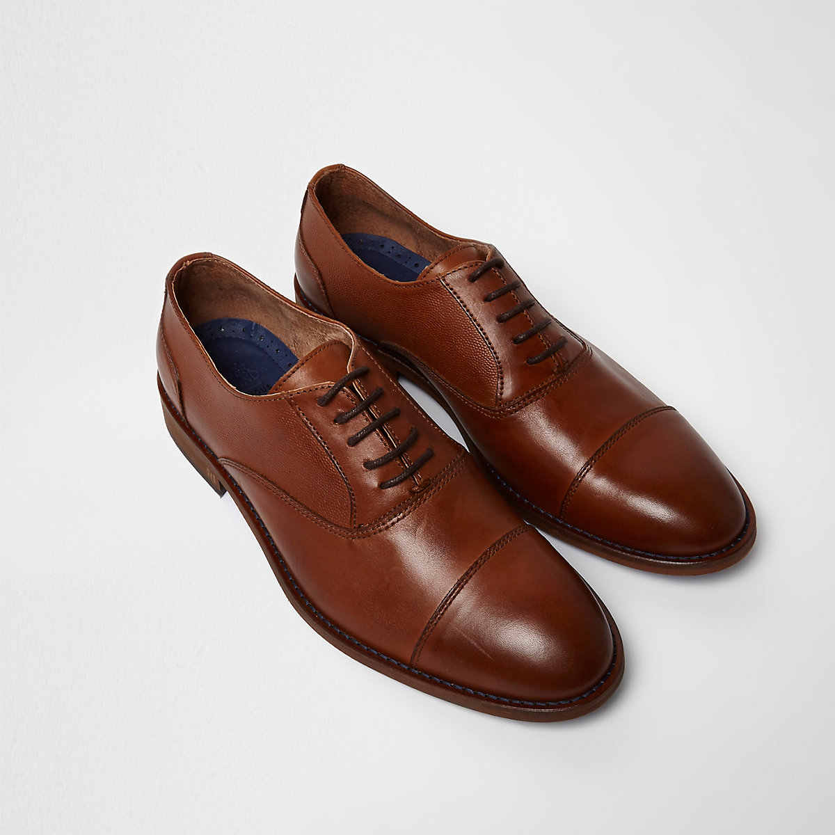 Tan leather toecap lace-up Oxford shoes