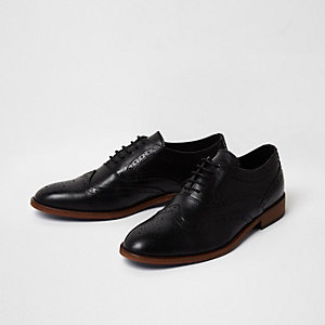 Black leather lace-up brogue oxford shoes