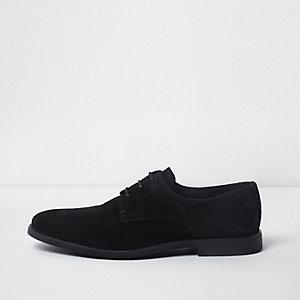 Chaussures derby lacée en daim noir