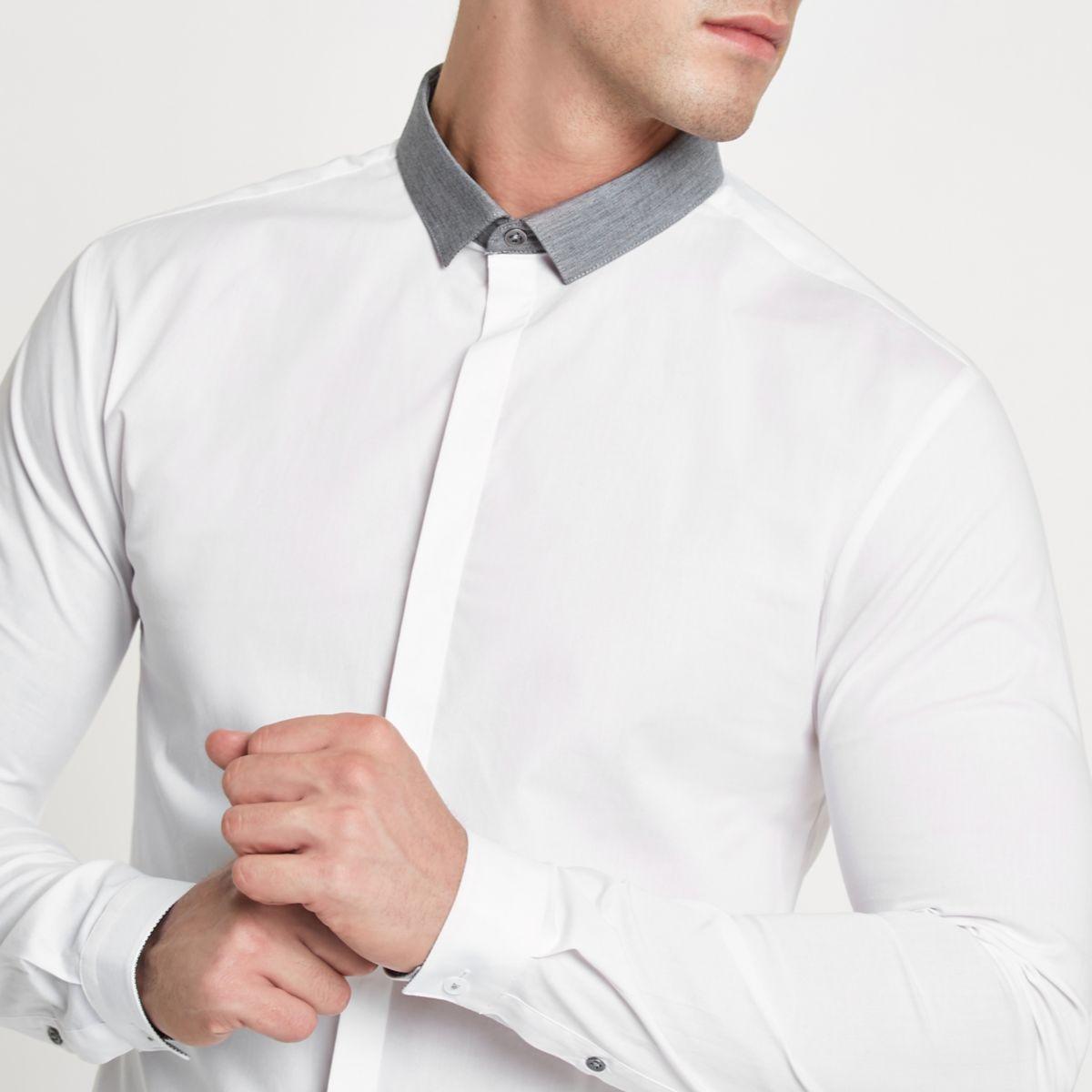 Weißes Muscle Fit Hemd mit Kontrastkragen