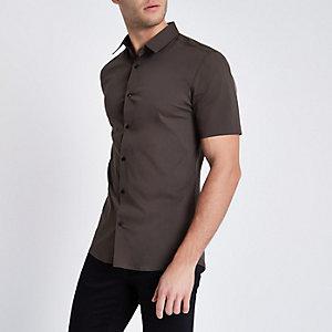 Kakigroen aansluitend overhemd met korte mouwen