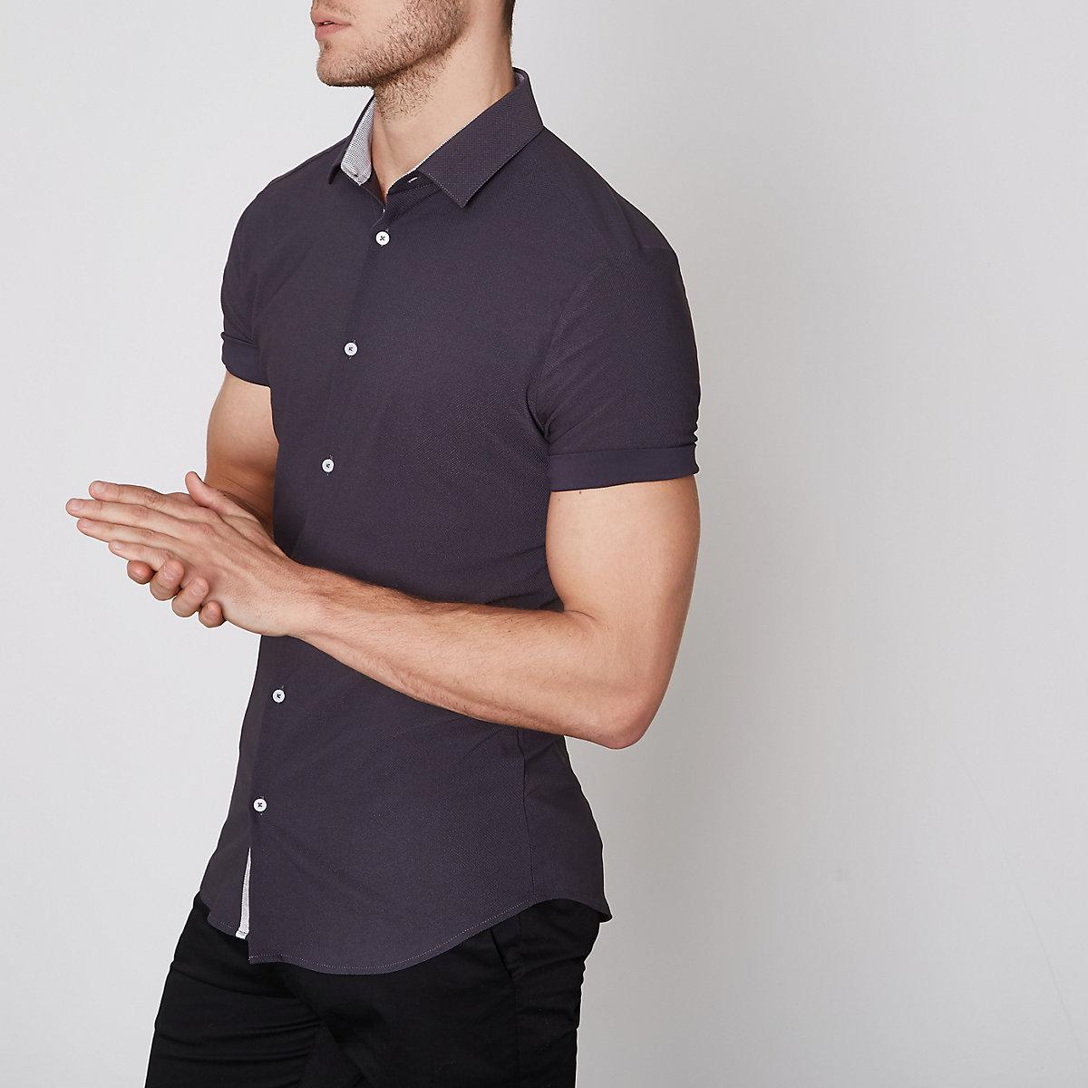Grey textured short sleeve skinny fit shirt