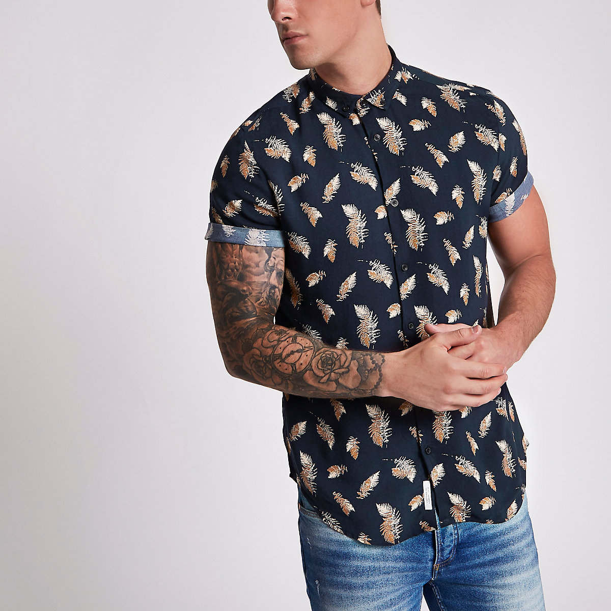 Navy feather slim fit short sleeve shirt