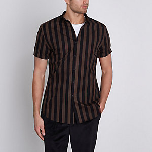 Brown stripe slim fit short sleeve shirt