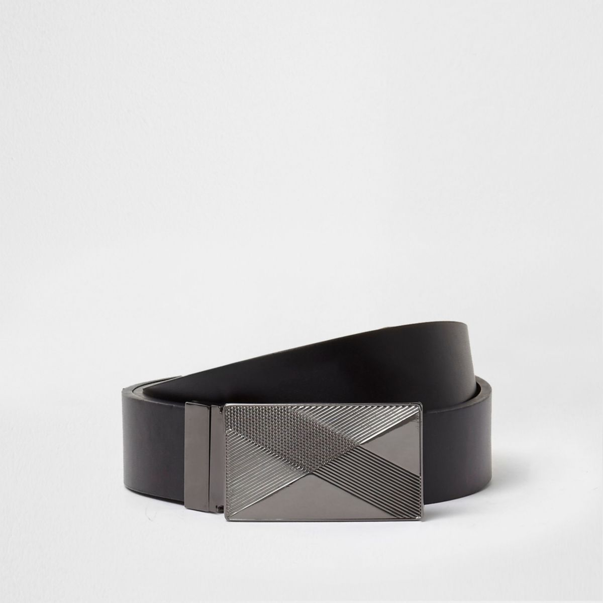 Black reversible embossed plate buckle belt