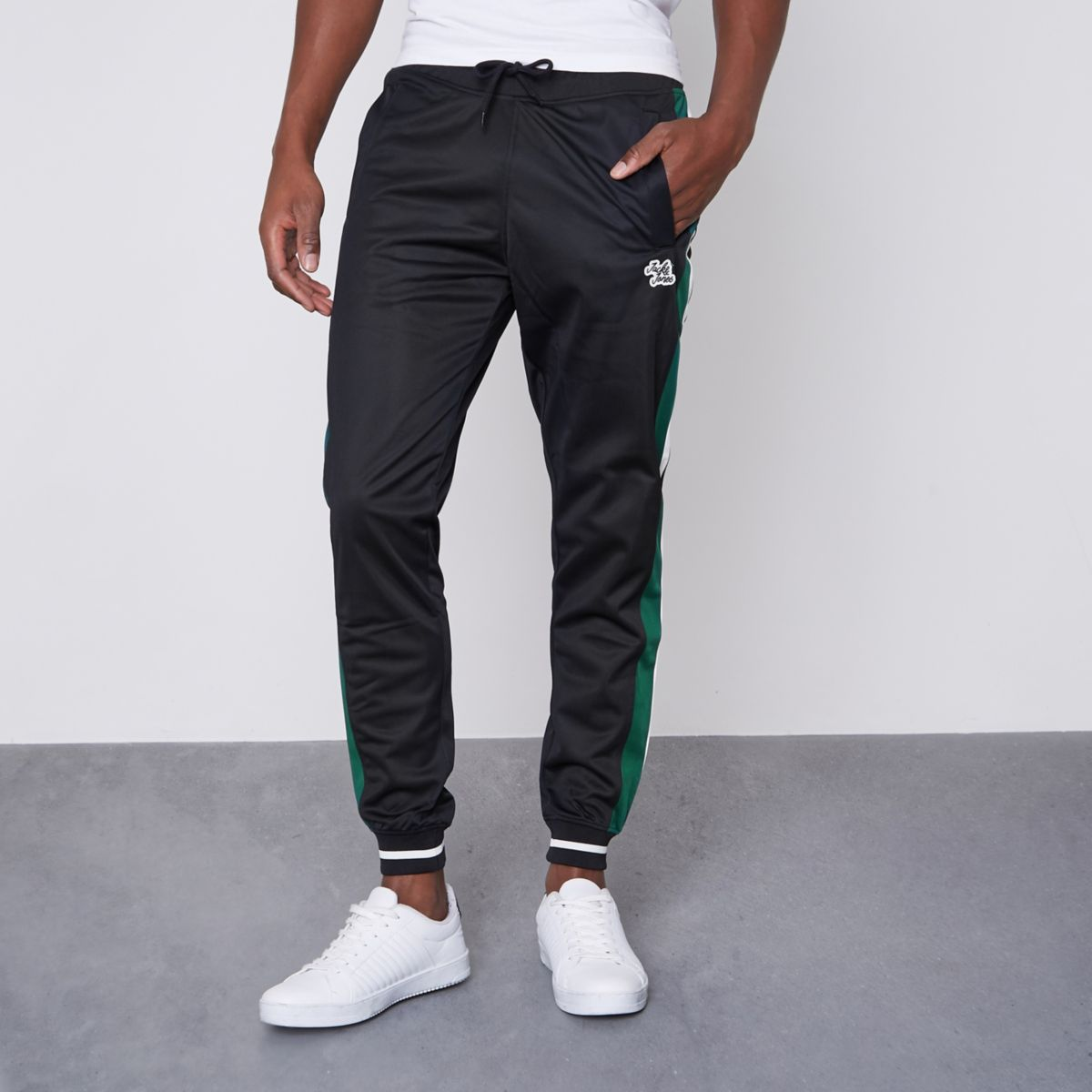 Jack & Jones – Schwarze Jogginghose