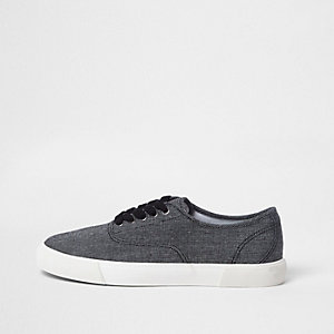 Black contrast sole lace-up plimsolls