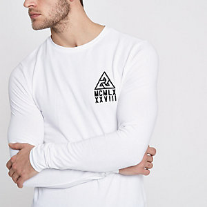 White crew muscle fit long sleeve T-shirt
