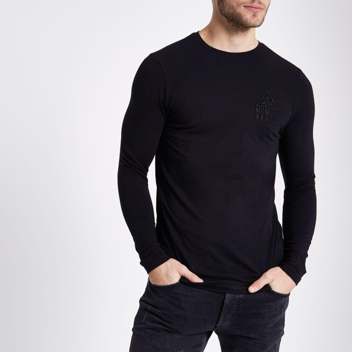 Zwart aansluitend T-shirt met lange mouwen en ronde hals