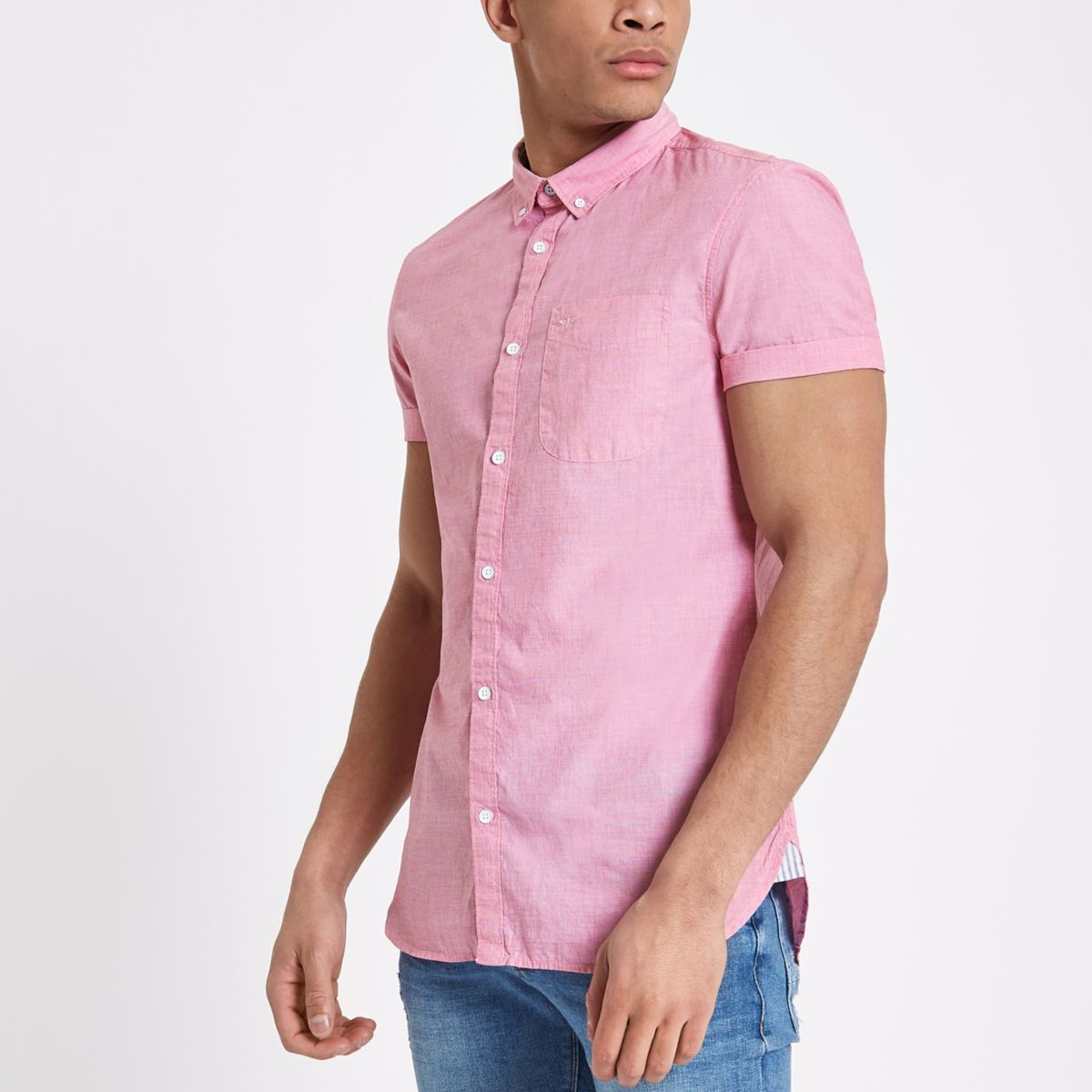 Red slim fit short sleeve shirt