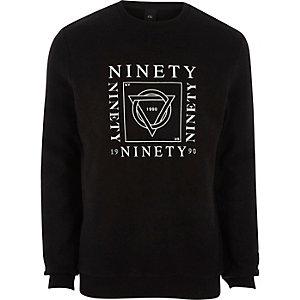 Zwart sweatshirt met 'ninety'-print van zacht vilt