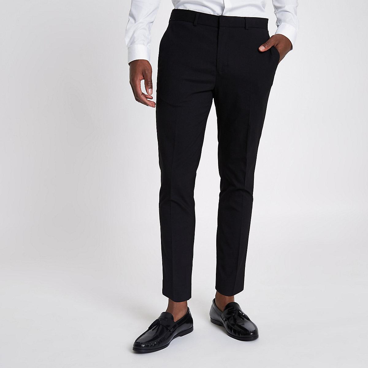 Schwarze, elegante Hose in schmaler Passform