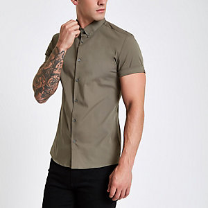 Muscle Fit Kurzarmhemd in Khaki