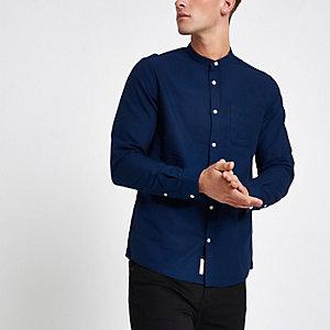 Blauw oxford overhemd zonder kraag met lange mouwen