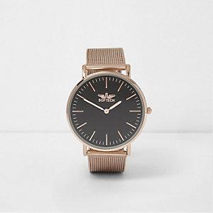 Roségoudkleurig horloge met platte wijzerplaat en mesh bandje