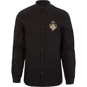 Black heart embroidered slim fit shirt