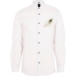 Slim Fit Hemd mit Pfaustickerei