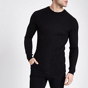 Zwarte geribbelde gebreide aansluitende pullover met ronde hals