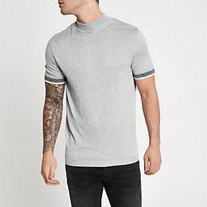Grijze slim-fit pullover met opstaande kraag en korte mouwen