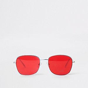 Lunettes de soleil carrées argentées à verres rouges